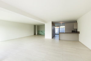 leeres Apartment, modern architecture, new empty apartment ,view from wide room